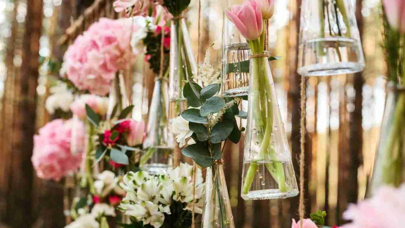 Idée de décoration avec des fleurs pour un mariage